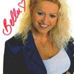Eine handsignierte Autogrammkarte von Sabrina Lange der allerersten Serie.