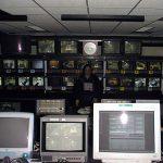 Die Schaltzentrale des Großen Bruders im Regiecontainer: Hier dominierten Linux und Mac.