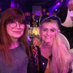 Sabrina mit Katja Ebstein. Im Hintergrund: RTL-Urgestein Hans Meiser.