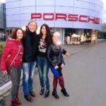 Sabrina Lange unterwegs in Siegen - hier: Event bei Porsche