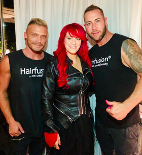 Sabrina mit Team Hairfusion Germany